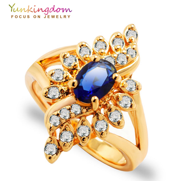 65 -  Blue Crystal Fashion Ring