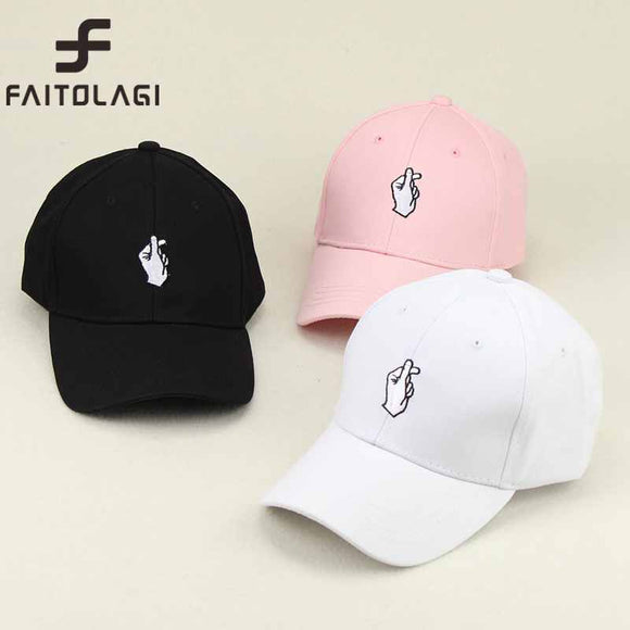 1Pcs Love Gestures Finger Embroider Golf Baseball Cap Men Women Snapback Hats Flipper Little Heart Love Sun Truck Hat Gorras