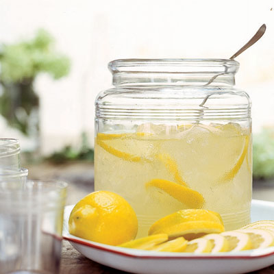 How to Make The Coolest Lemonade, Ever