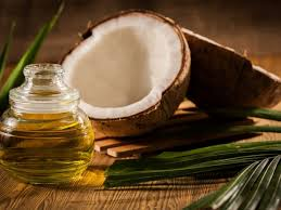 Coconut Oil – Your Best Natural Beauty Friend