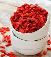 Goji Berries – The Amazing Anti-Aging Superfood - by The Superfood Blog