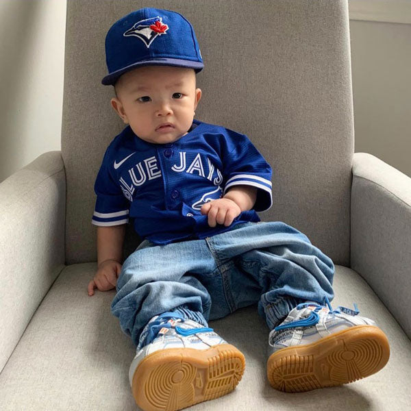 baby jayden in toronto blue jays outfit