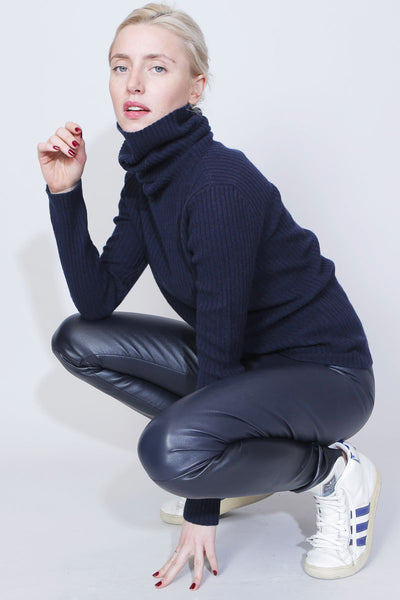 sue reedition - cashmere turtleneck pullover - Noah Navy