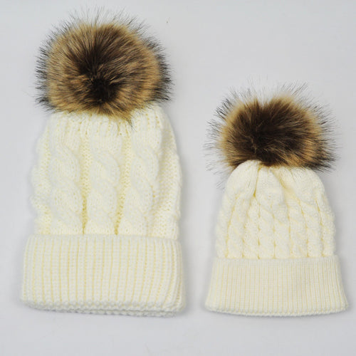 MOMMY AND BABY KNITTED HATS - WHITE