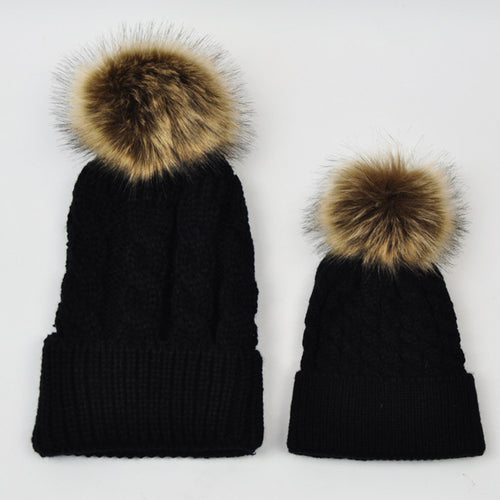 MOMMY AND BABY KNITTED HATS - BLACK