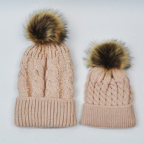 MOMMY AND BABY KNITTED HATS - BEIGE