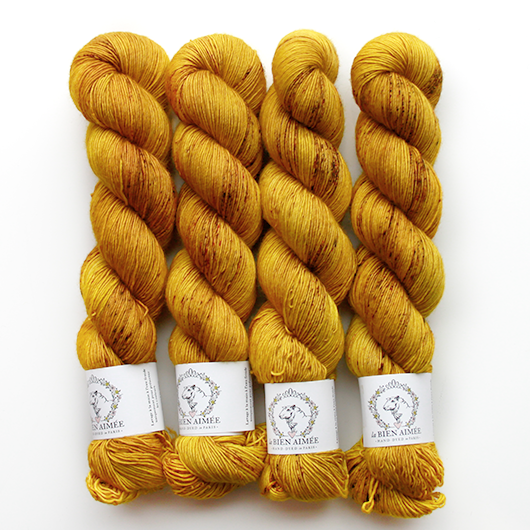 Merino Singles yellow brick road grafitti