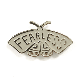 Shelli Can Fearless Pin - grey