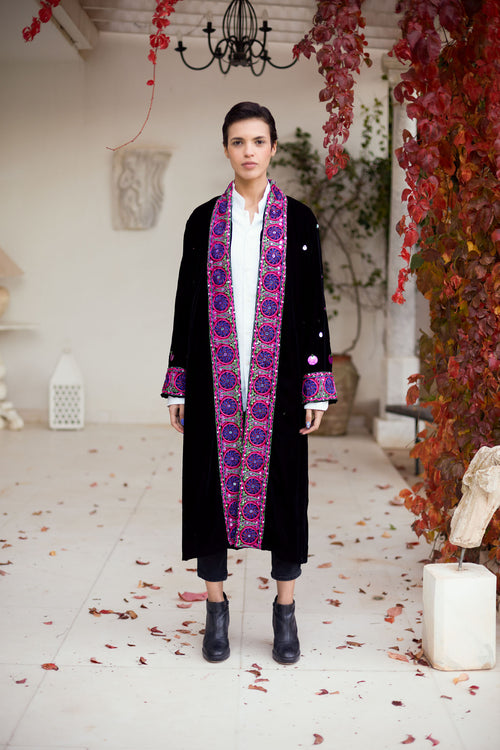 Amel - Velvet Embroidered Coat