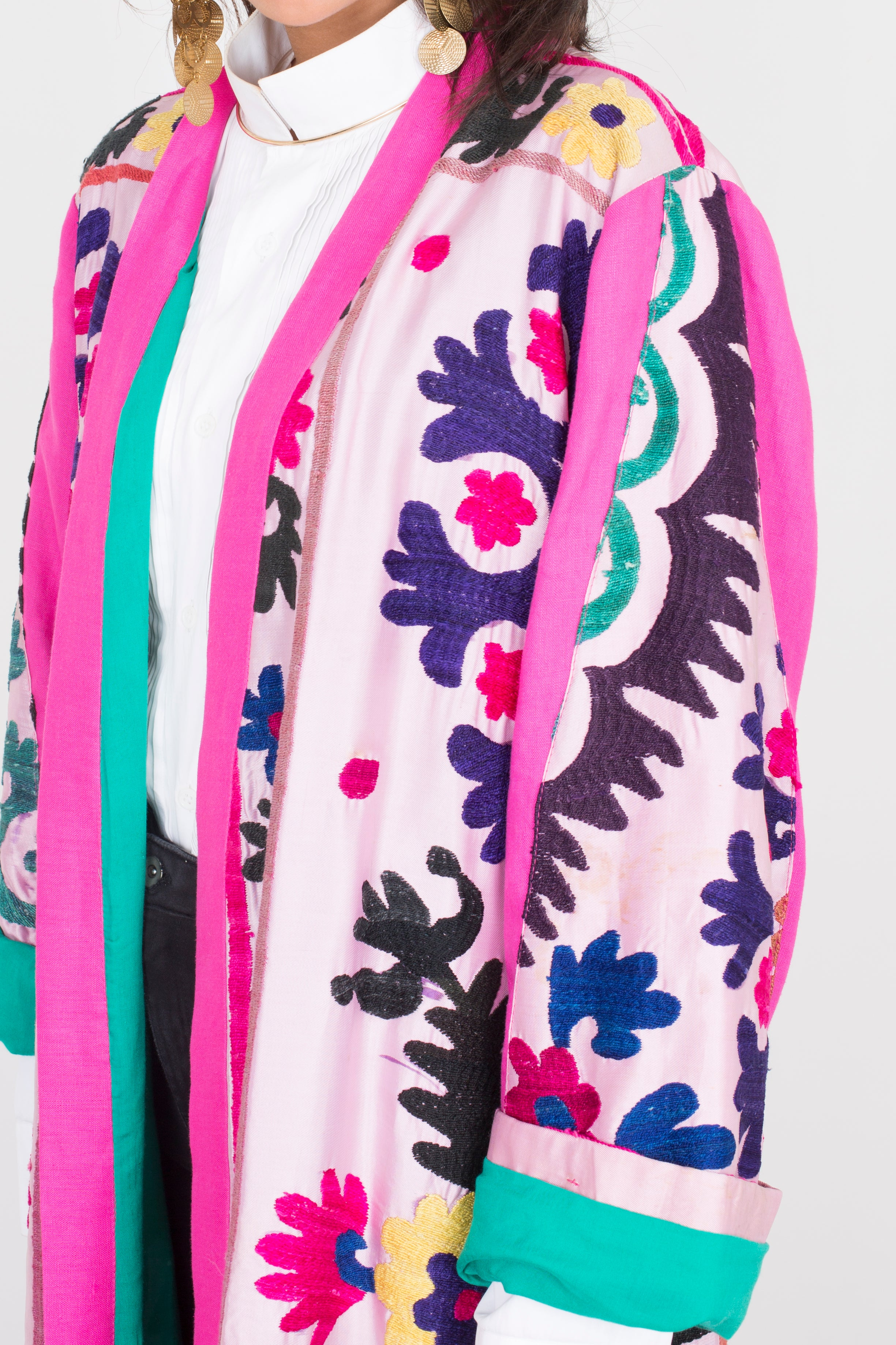 Taouss - Pink Embroidered Suzani
