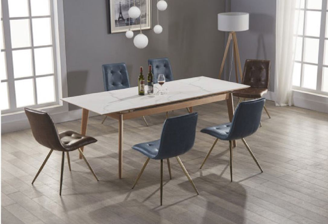 Quebec Extension Dining Table