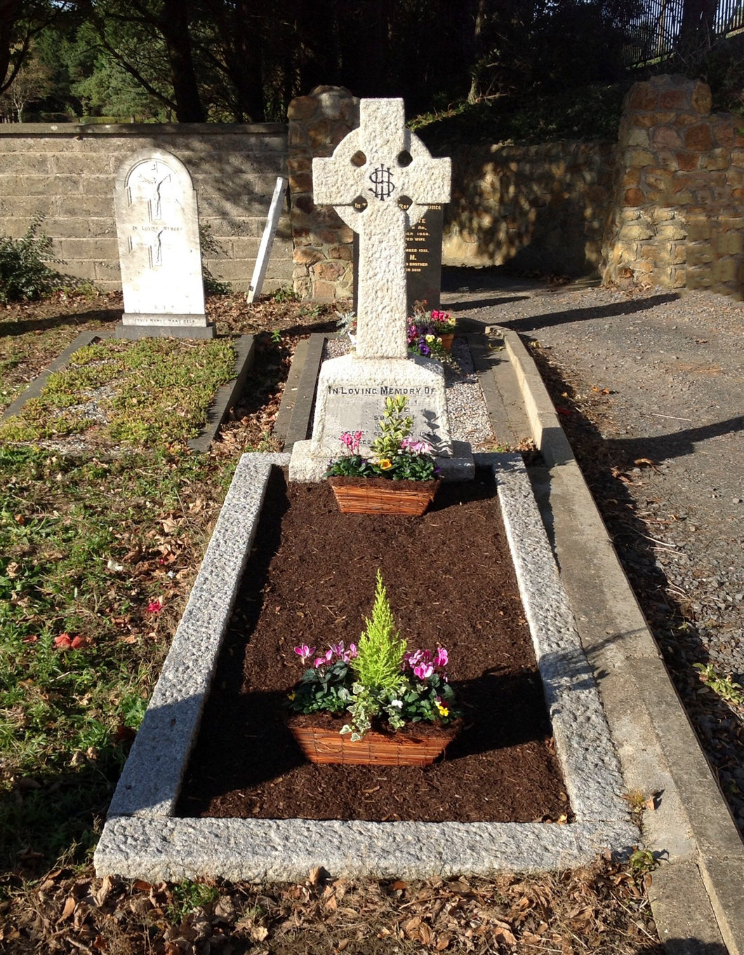 Grave Maintenance Dublin Ireland GM Ireland