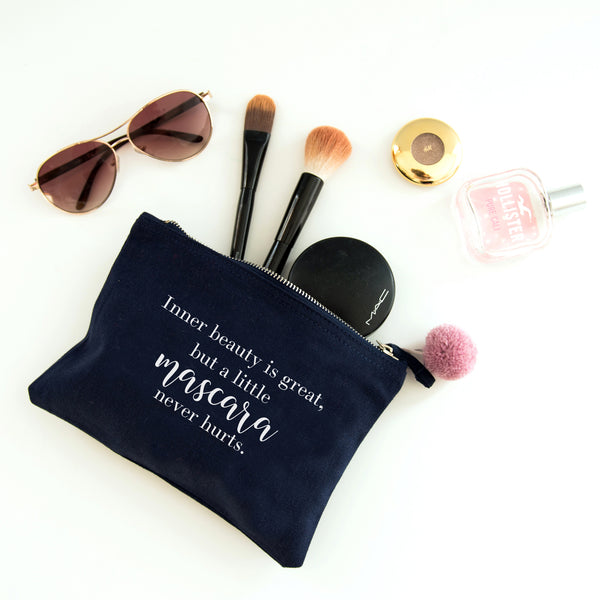 'A Little Mascara Never Hurts' make up bag