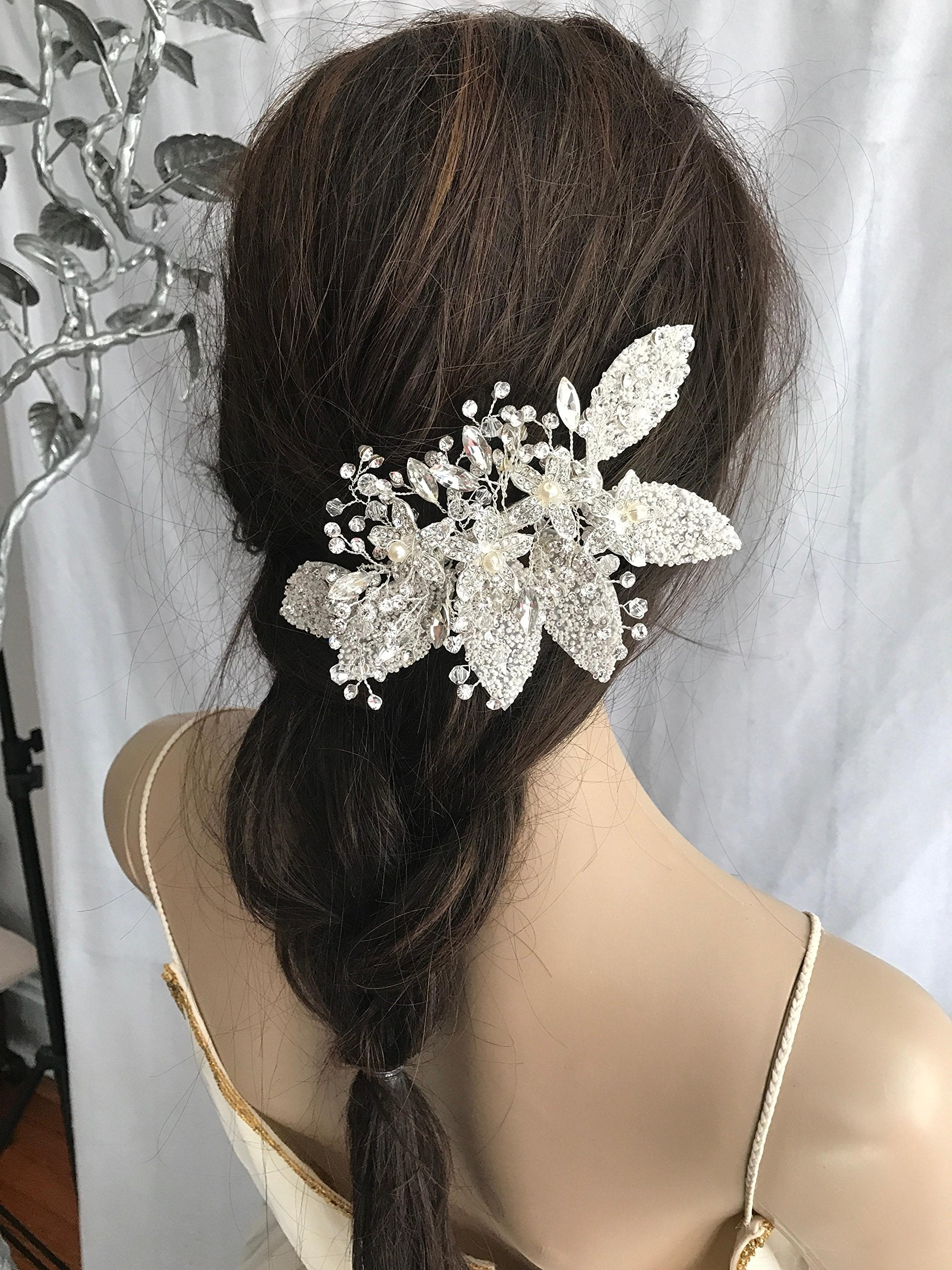 Bridal Hair Comb, White Pearl Headpiece, Floral Hairpiece, Hair Jewelry with petals, leaves, Prom hair accessories