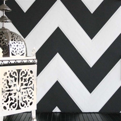'ZigZag' Geometric Designed Wallpaper in Black & White 