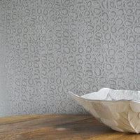 THERE ARE ONLY A SMALL NUMBER OF THESE ITEMS AVAILABLE SO PLEASE ORDER ASAPAligator Skin Effect Wallpaper | Silver & ShimmerStunning slightly textured aligator skin effect wallpaper.This paper has an amazing realistic lookit shimmers when the light hits it!Printed to a high standard this product will create the wow factor in any home!h: 10m x w: 53cmPattern Repeat: 53cm