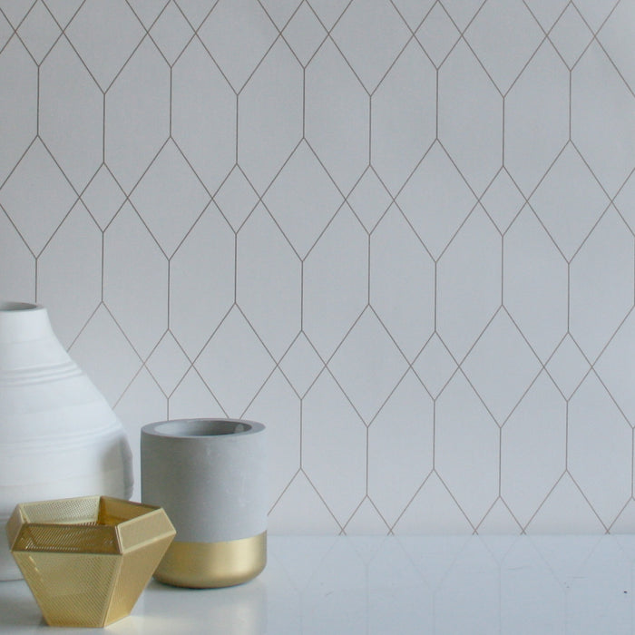 Polygon | Geometric Designer Wallpaper in White & Gold