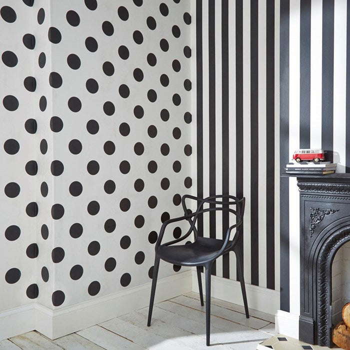 Stunning Stripe Wallpaper | Black & White