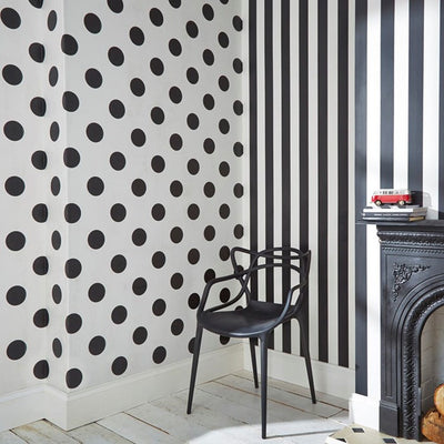 Stunning Stripe Wallpaper | Black & White - Your 4 Walls