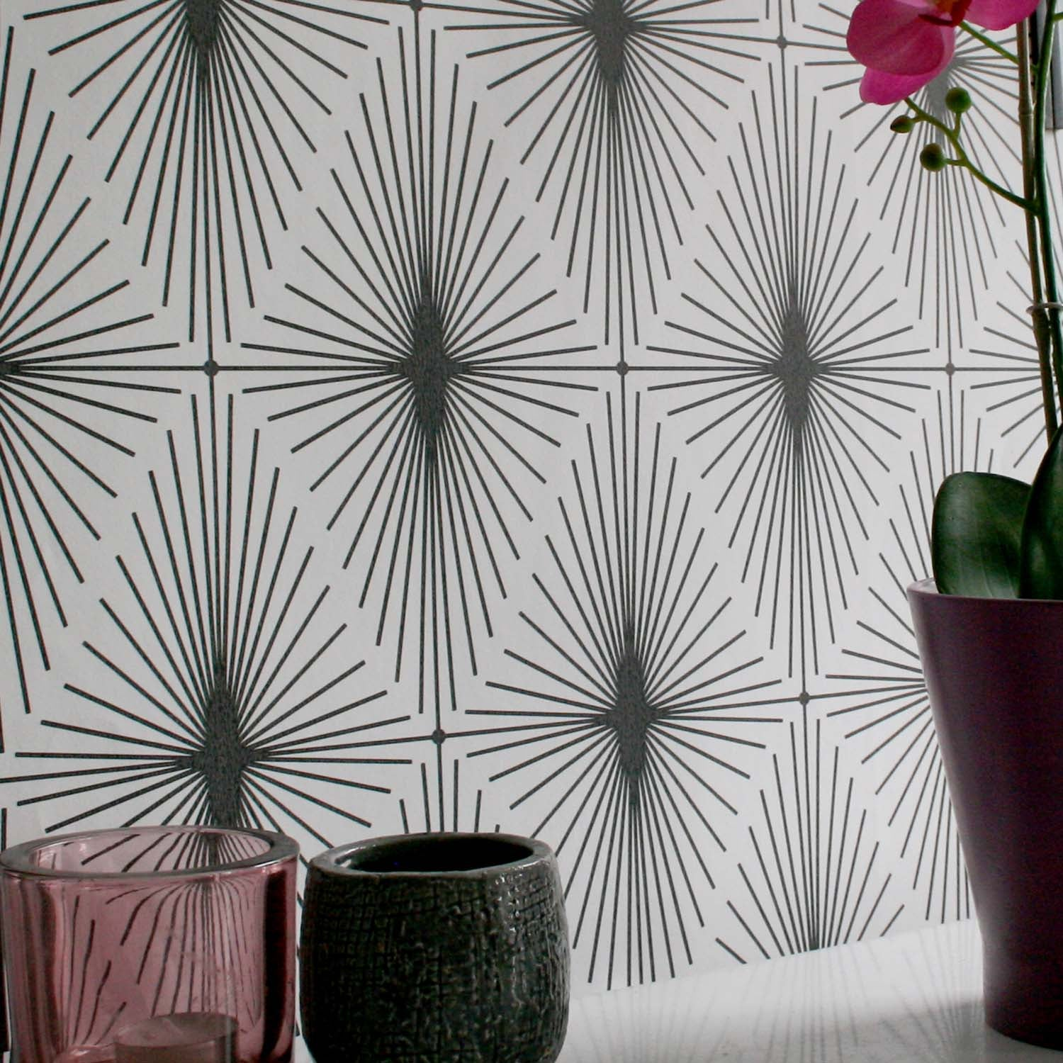 Diamond Star Geometric Wallpaper | Black & White