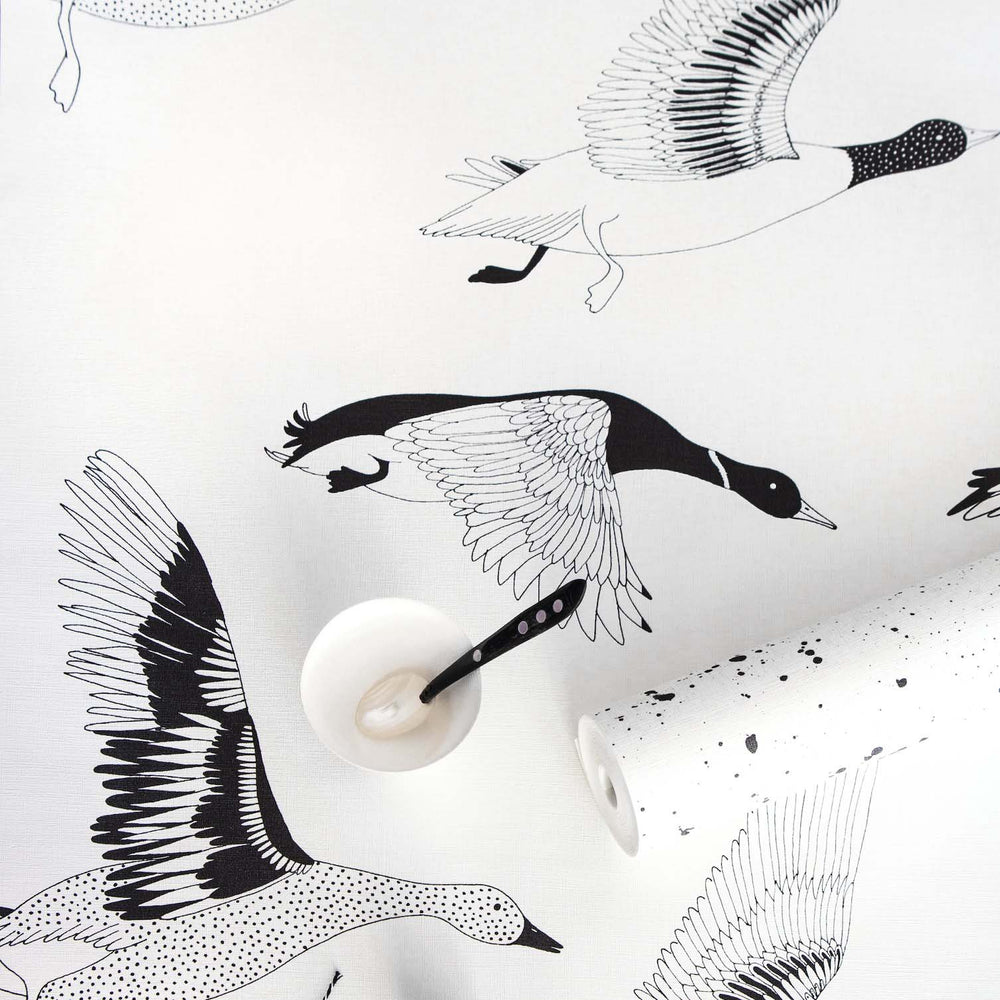 Flying Ducks | Motif Wallpaper in Black and White Monochrome - Your 4 Walls