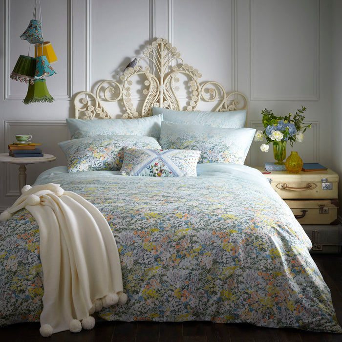 Oasis 'Floral Ombre' Designer Floral & Bird Bedding Duvet Set | Seafoam Green, Yellow & Green
