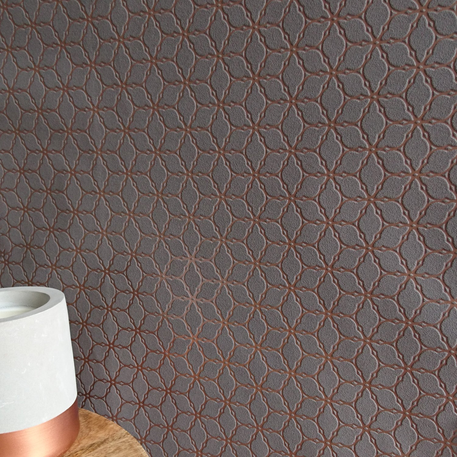 Floral Chain | Chocolate & Copper Geometric Wallpaper