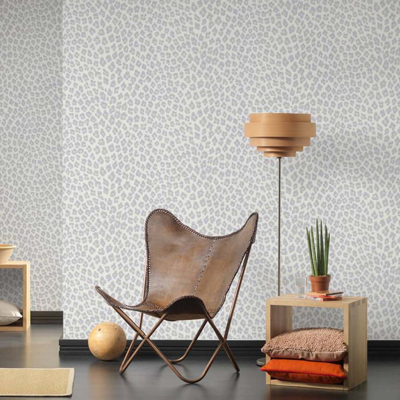 Leopard Animal Skin Effect Wallpaper | Off White, Grey & Shimmering Off White / Cream - Your 4 Walls