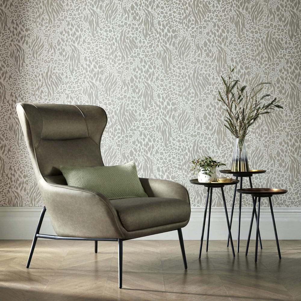 Savannah Animal Skin Accessorize Wallpaper | Light Grey, Beige & Pearlescent - Your 4 Walls