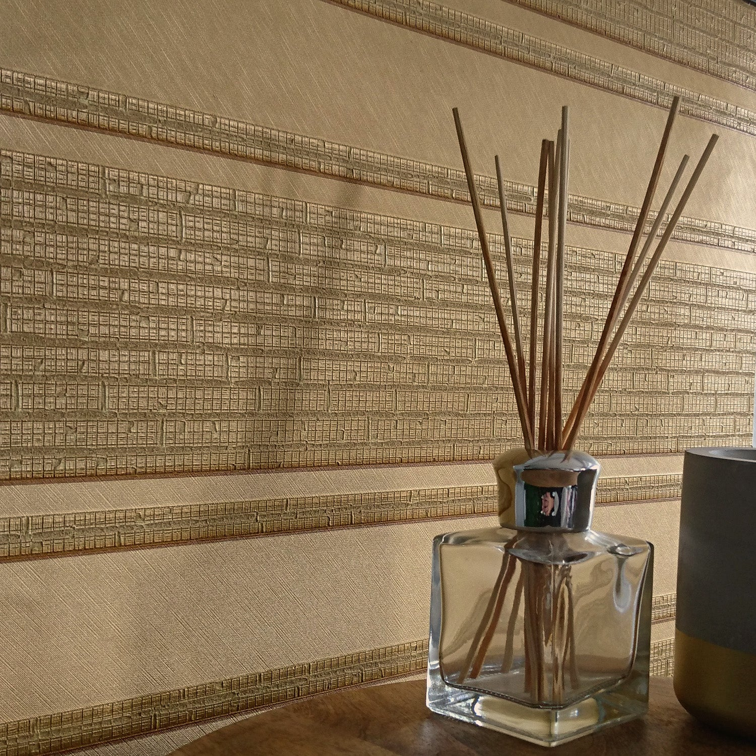 Versace 'Parvus Stripe' Designer textured Stripe Wallpaper in Gold