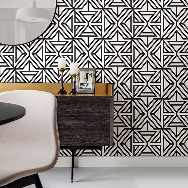 Triangle Geometric Wallpaper in Black & White Monochrome - Your 4 Walls