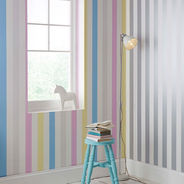 Stunning Stripe  Wallpaper | Silver & White