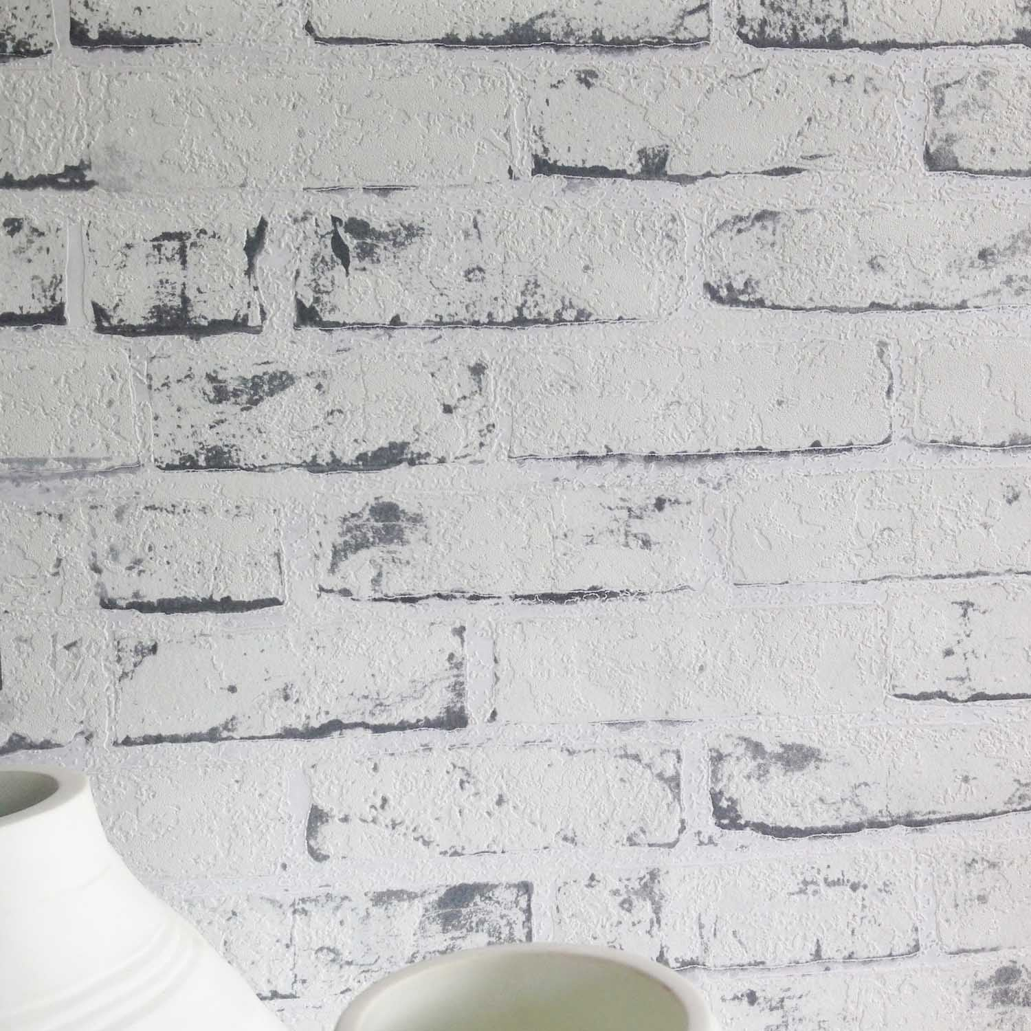 White Painted Reclaimed Brick Effect Wallpaper