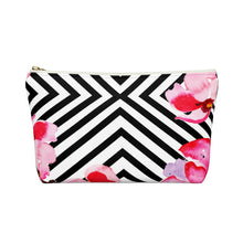 Beachside Stylin' Black and White Summer Accessory Pouch w T-bottom
