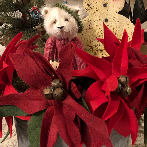 Poinsettia - Red Wool felt with rusty jingle bells
