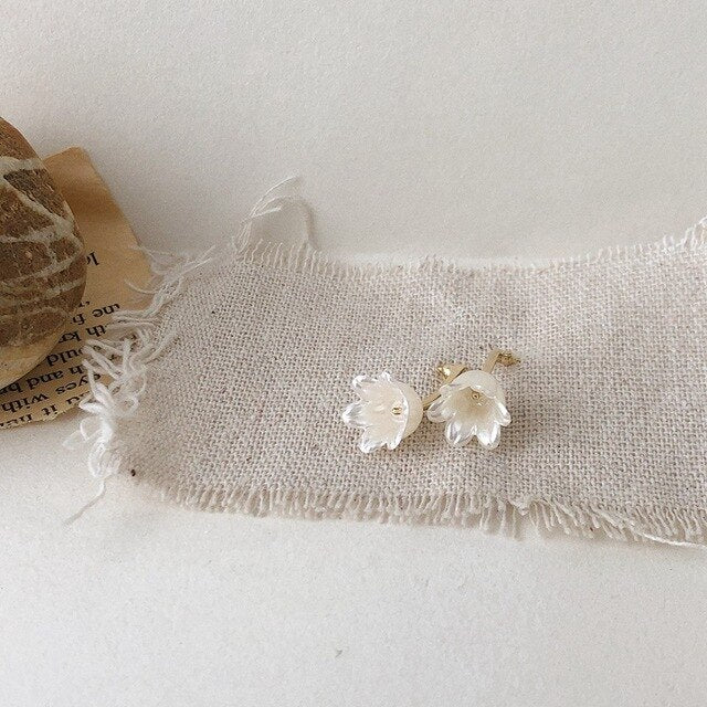 Mini Magnolia Shell Earrings