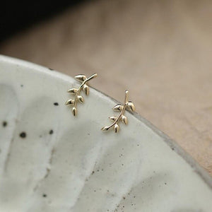 9 Karat Mini Leaf Earrings