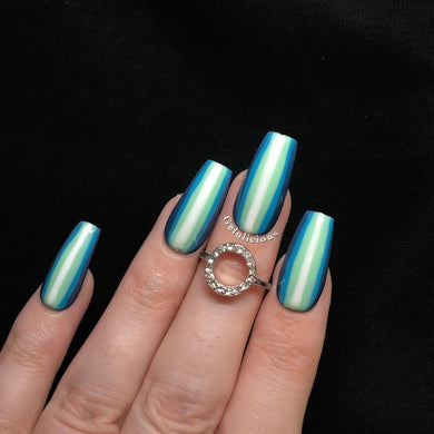 Get The Look: Nail Art Stripes Set (With Tutorial)