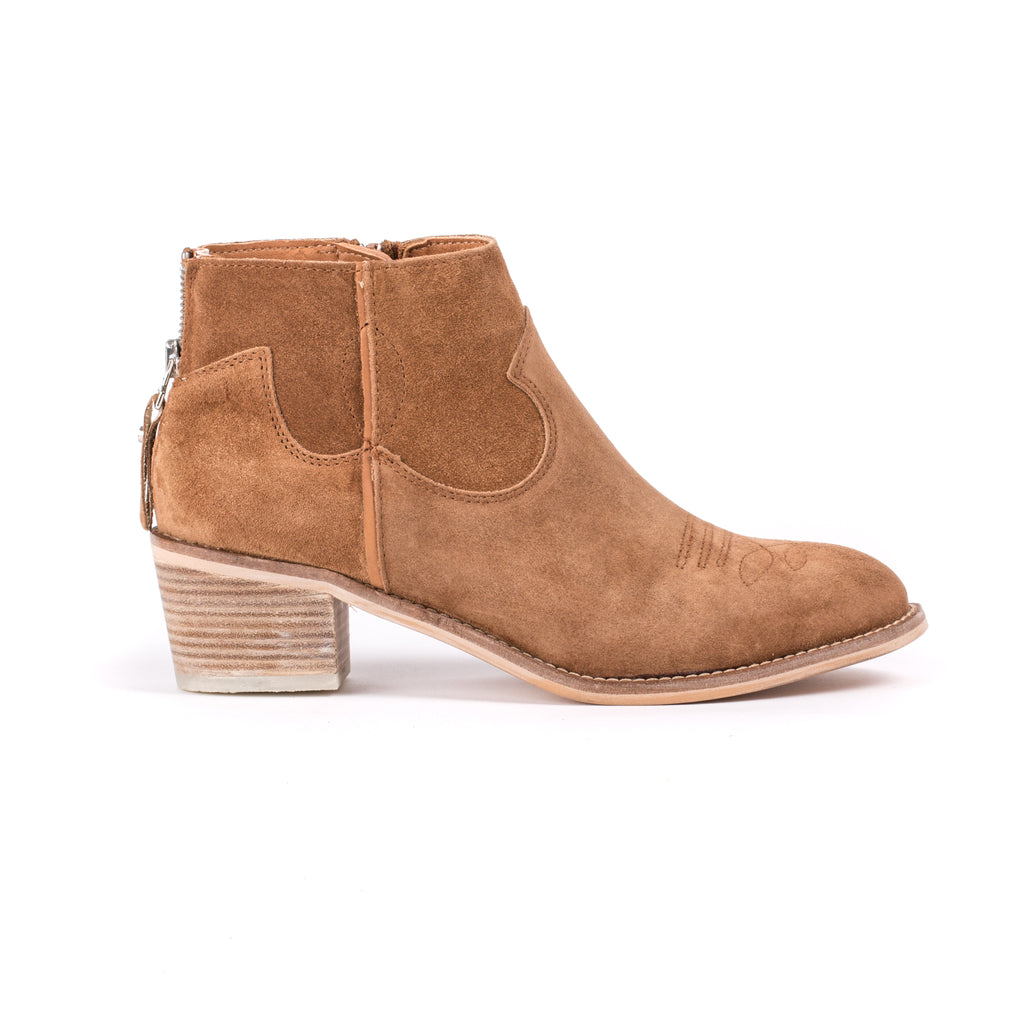 Alpe tan western style boot with block heel and stitching detail