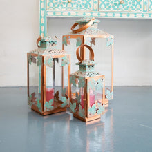 Load image into Gallery viewer, Lina Metal Lantern with Glass