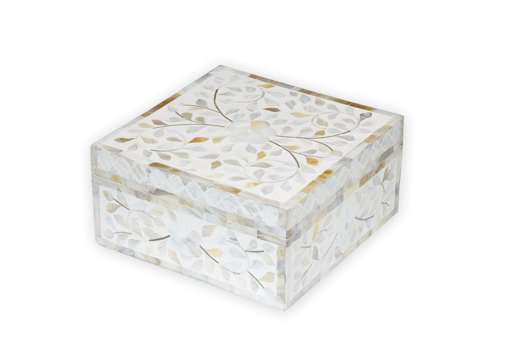 Pearla Mother of Pearl Chassis Box Square