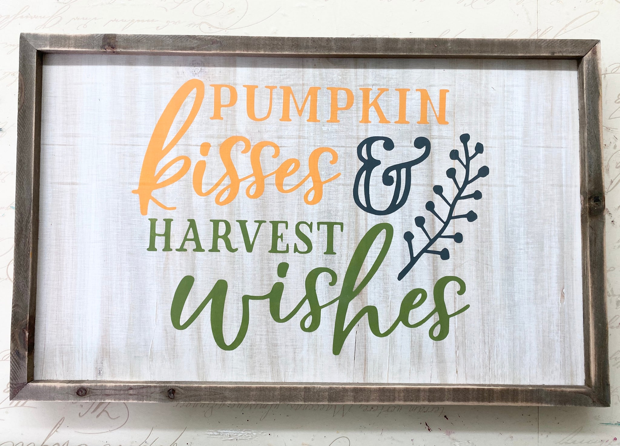 Pumpkin kisses sign