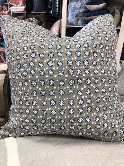 Kyoto Jasmine Decorative Pillow Cover