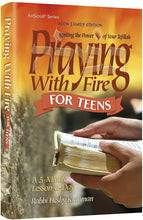Load image into Gallery viewer, Praying With Fire Teens - Pocket Size Paperback - Igniting the Power of Your Tefillah - A 5-Minute Lesson-A-Day