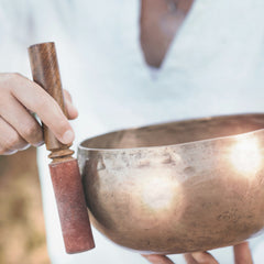 How to Hold a Singing Bowl