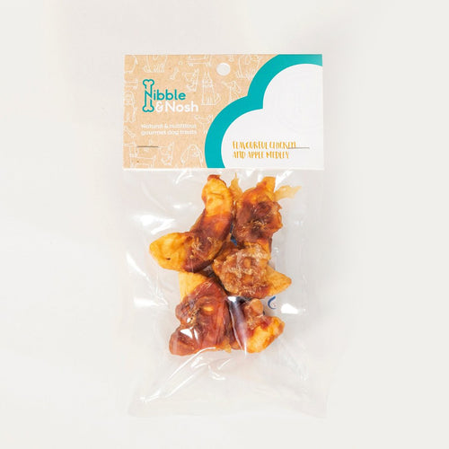 nibble & nosh Chicken and Apple Medley dog treats