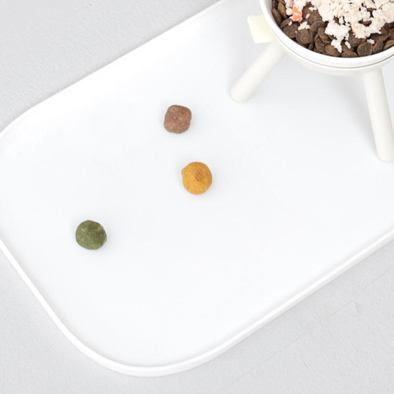 white food mat for dogs
