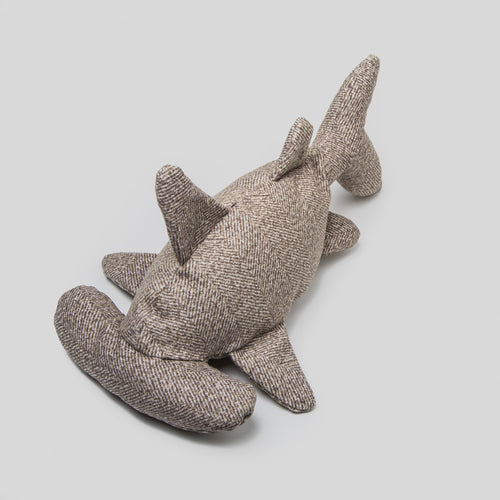 Cloud7 Shark Hitch Fishbone Dog Toy