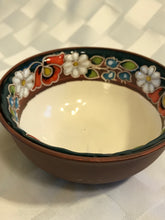 Ring of flowers bowl