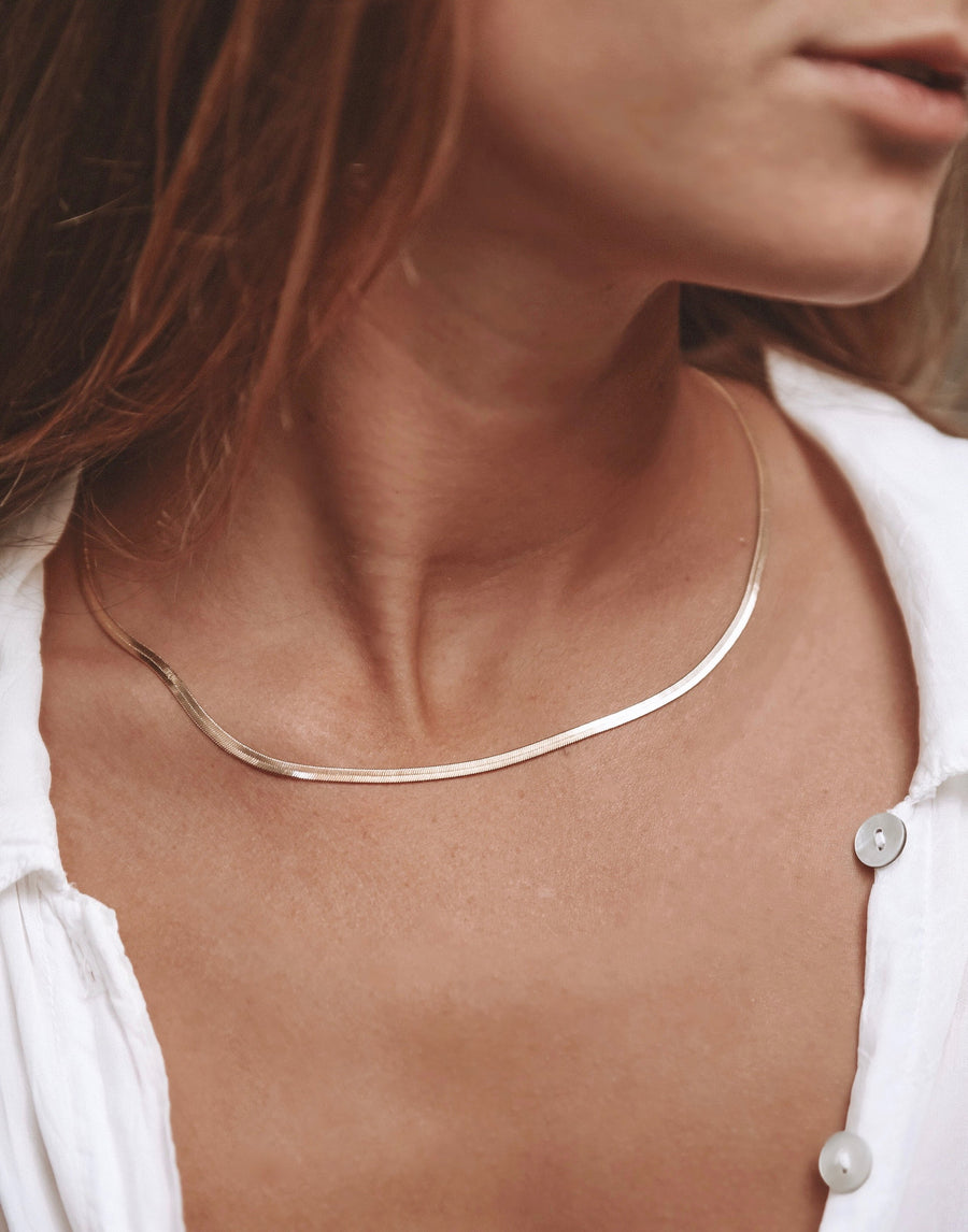 Kay Herringbone Chain Necklace- 18k Gold